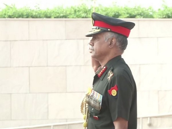 Retiring Army Vice Chief Lt Gen Devraj Anbu pays tributes at the National War Memorial in New Delhi on Friday. (Photo/ANI)
