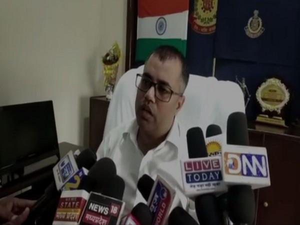 Dhar Superintendent of Police, Aditya Pratap Singh, speaking to reporters.