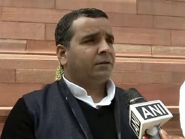 Samajwadi Party MP Dharmendra Yadav speaking to ANI on Thursday.