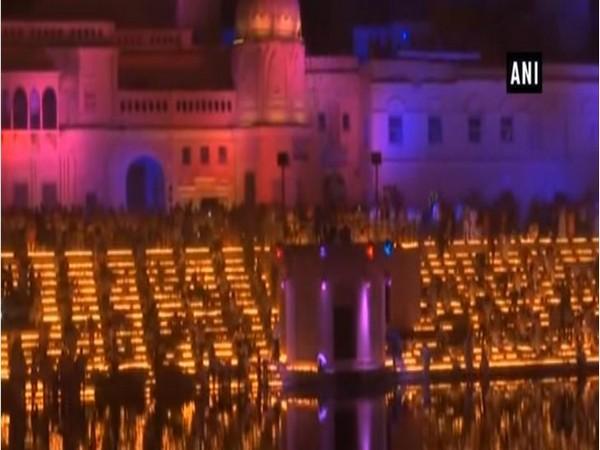 Ayodhya's Ram ki Paidi decked up for 'Deepotsav in 2018 [Photo/ANI]