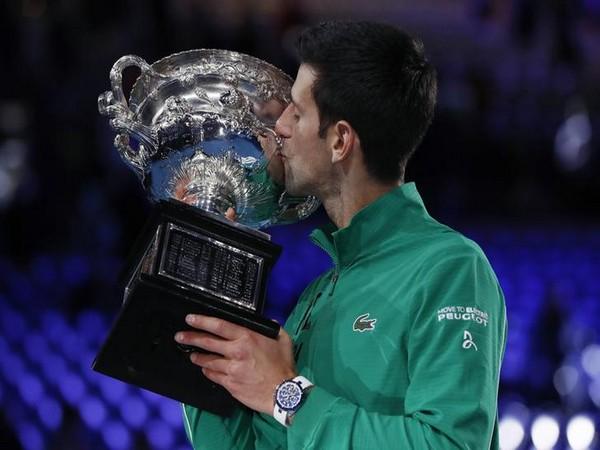 Novak Djokovic Lifts 8th Australian Open Title Defeats Thiem In Five Set Battle