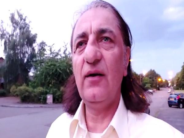 Political activist Amjad Ayub Mirza