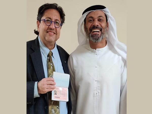 Dr. GautamAllahbadia receives the UAE Golden Visa