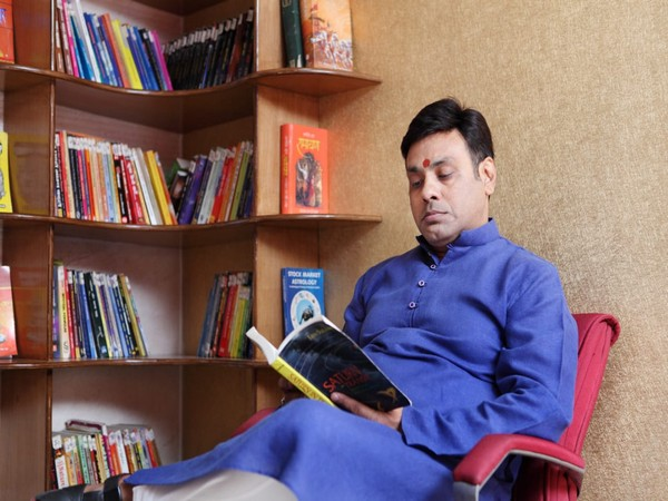 Dr Vinay Bajrangi