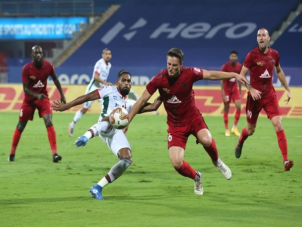 Dylan Fox covers off a valiant attempt at goal by Roy Krishna (Image: ISL)