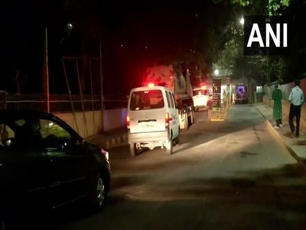 Oxygen tanker arriving at Sir Ganga Ram Hospital in Delhi on Wednesday. (Photo/ANI)