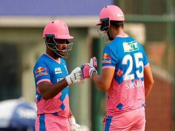 Sanju Samson along with Shivam Dube (Photo/ IPL Twitter)