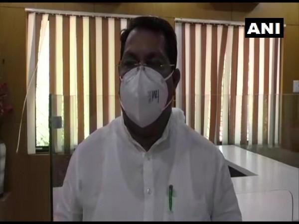 Maharashtra Relief & Rehabilitation Minister Vijay Wadettiwar (Photo/ANI)
