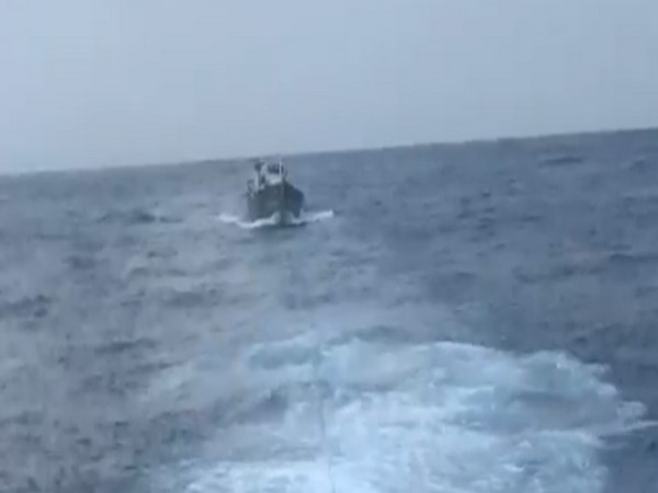 Indian Coast Guard rescued a boat stranded 35 NM off Kochi