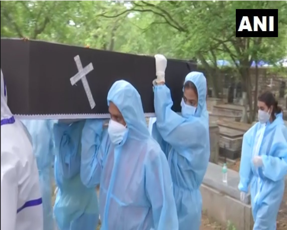 Two Bengaluru girls have been volunteering to help bury corpses of COVID patients. (Photo/ANI)