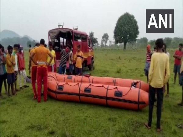 Rescue operations are underway after a boat capsizes in Sileru river (Photo/ANI)