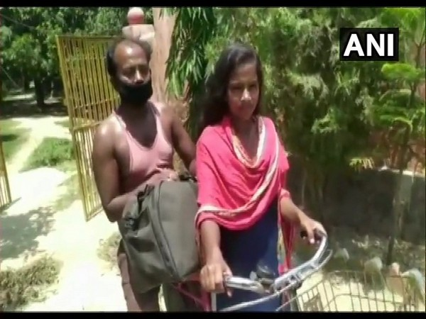 An image of Jyoti Kumari and her father from last year (Photo/ANI)