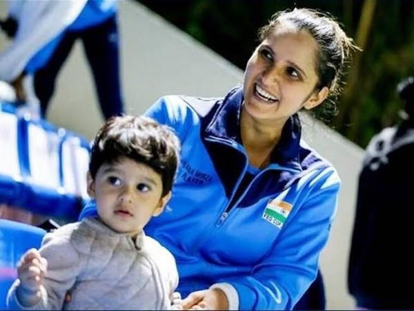 Sania Mirza with her son (Photo/ SAI Media Twitter)
