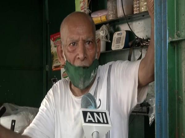 Kanta Prasad, the 80-year-old owner of Baba Ka Dhaba eatery in Delhi speaking to ANI on Tuesday. [Photo/ANI]