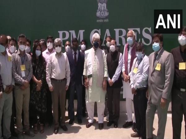 Jammu and Kashmir Lieutenant Governor Manoj Sinha inaugurates DRDO Covid hospital in Srinagar