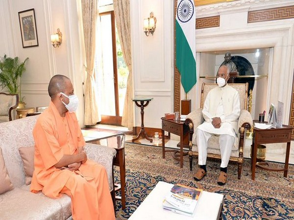 Yogi Adityanath meets President Kovind in Delhi (Photo/ANI)