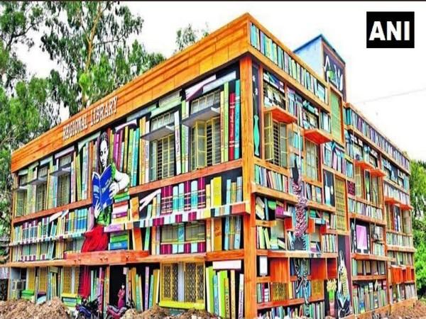 Revamped look of regional library in Warangal, Telangana (Photo/ANI)