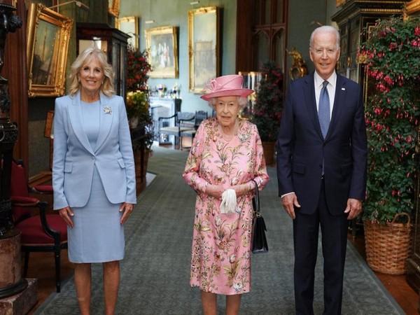 US President Joe Biden and First Lady Jill Biden with Queen Elizabeth (Photo: Biden/Twitter)