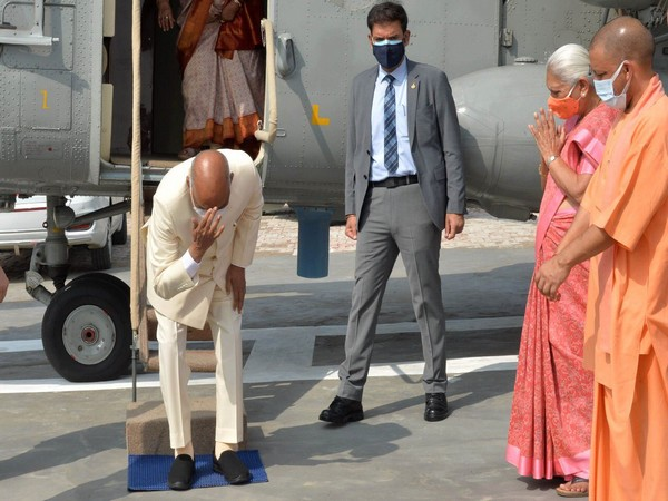 President Ram Nath Kovind bows to touch the ground to pay obeisance to the land of his birth. (Photo: Twitter @rashtrapatibhvn)