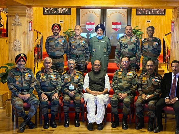 Defence Minister Rajnath Singh along with Army officers (Photo/ANI)
