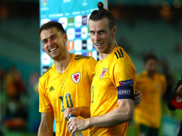 Aaron Ramsey and Gareth Bale (Photo: Twitter/UEFA Euro)