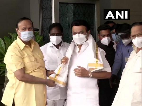Tamil Nadu Chief Minister MK Stalin reached New Delhi.