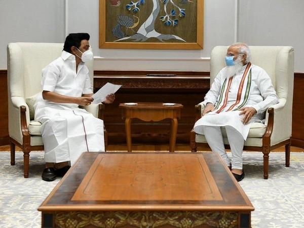 Tamil Nadu Chief Ministe meets with Prime Minister Narendra Modi in Delhi. (Photo/ANI)