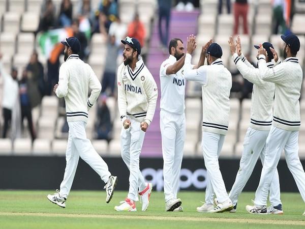 India skipper Virat Kohli celebrates with teammates (Image: BCCI)