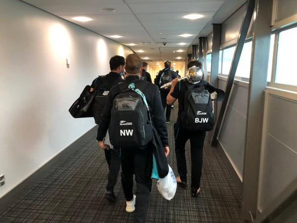 New Zealand squad arrive home (Photo/ BlackCaps Twitter)