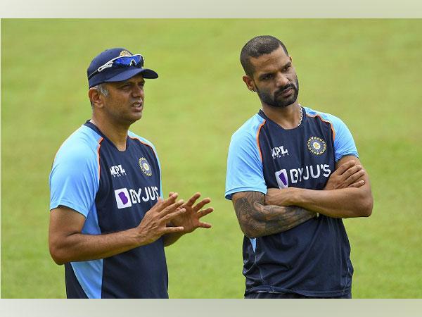 Rahul Dravid and Shikhar Dhawan (Image: BCCI)
