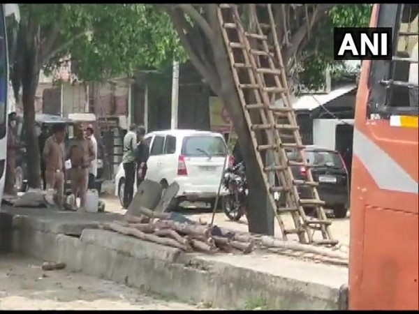 Lucknow ATS conducts searches in Kakori on Sunday. [Photo/ANI]