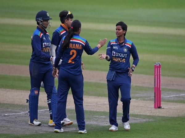 India defeat England in 2nd T20I (Photo/ BCCI Women Twitter)