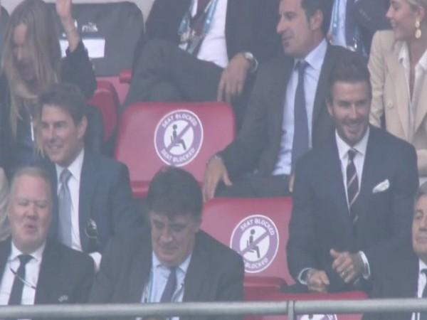 Tom Cruise and David Beckham (Photo/ ESPN FC Twitter)