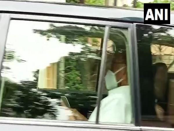 Sharad Pawar met Maharashtra CM in Mumbai (Photo/ANI)