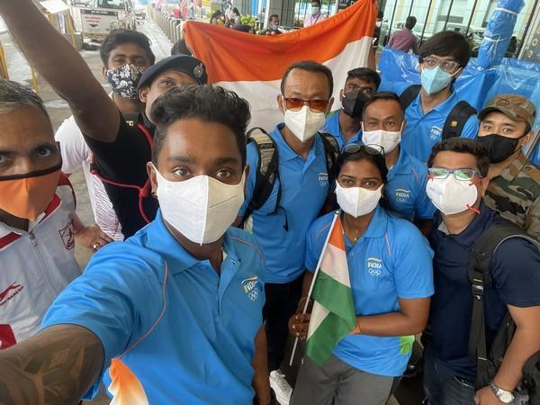 Indian archery team (Photo: Twitter/Atanu Das)