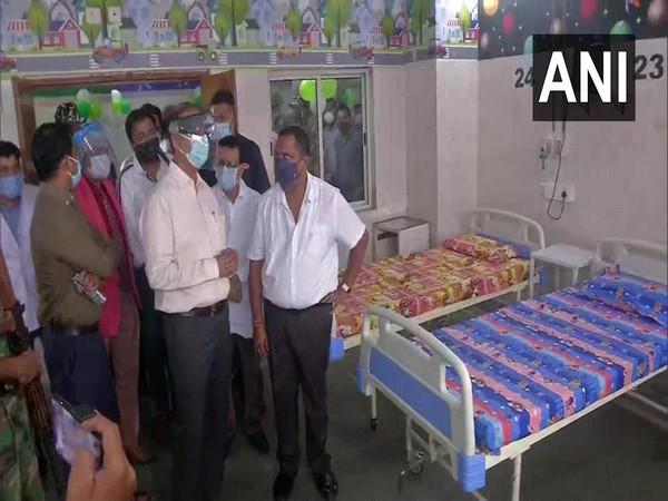 Jharkhand Health Minister Banna Gupta at Sadar Hospital (Photo/ANI)