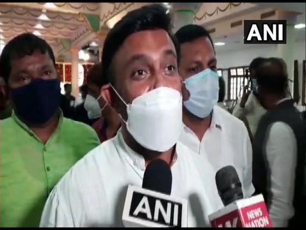 Karnataka Minister K Sudhakar speaking to reporters in Bengaluru. Photo/ANI