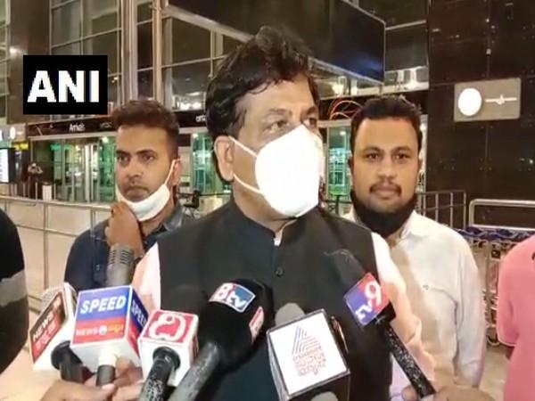 Karnataka Minister Murugesh Nirani speaking to reporters at Bengaluru airport on Tuesday. [Photo/ANI]