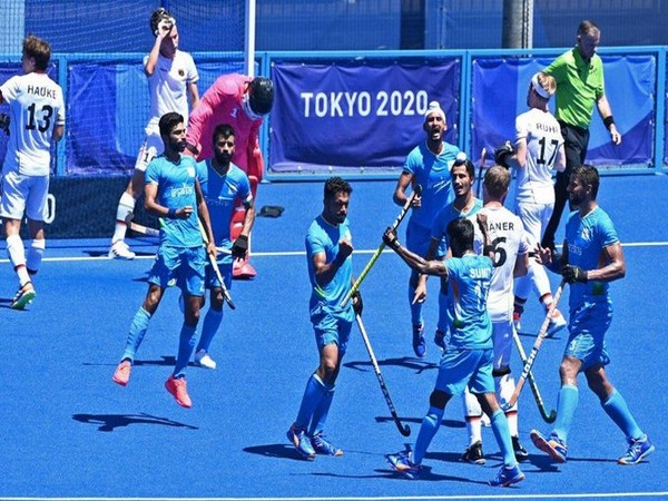 Indian men's hockey team celebrates after winning against Germany (Photo: Twitter/Sachin Tendulkar)