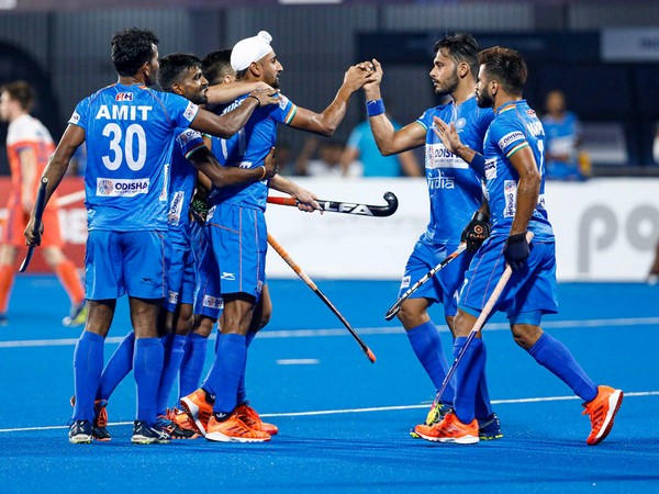 Hockey players celebrate after beating Great Britain. (Photo/ KKR twitter)