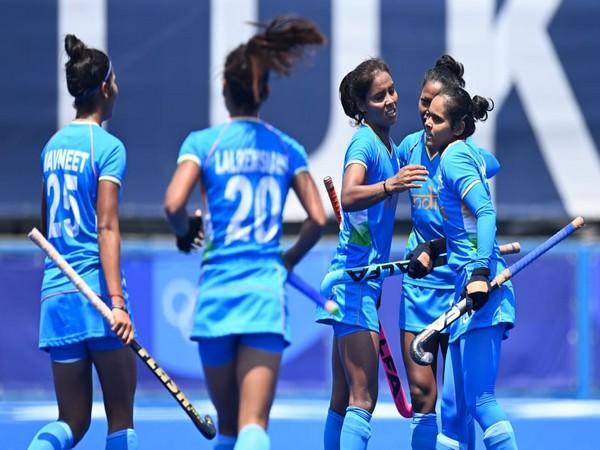 Indian women's hockey team (Photo/ Kiren Rijiju twitter)