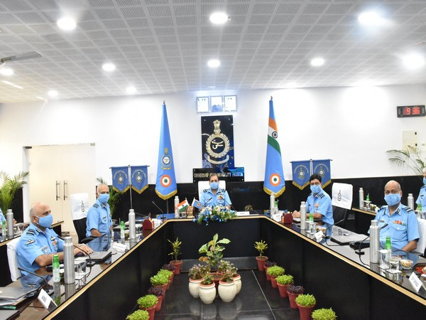 Air Chief Marshal RKS Bhadauria at Commanders' Conference of Maintenance Command in Nagpur.