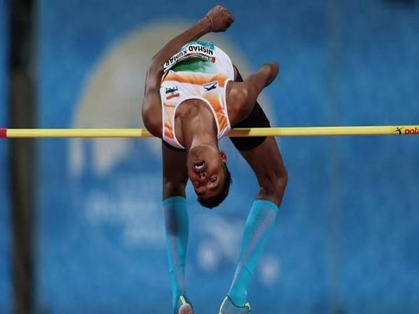 Nishad Kumar won silver medal in T46 high jump event (Photo/Rahul Gandhi Twitter)