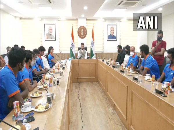 Anurag Thakur holds meeting with athletes