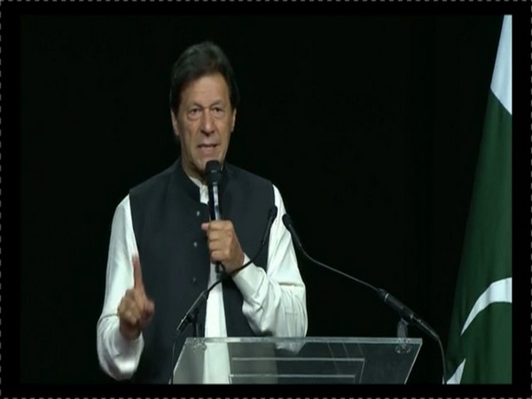 Pakistan Prime Minister Imran Khan (Source: Tehreek-e-Insaf twitter)