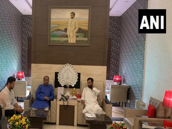 Lok Sabha Speaker Om Birla met Union Minister Ram Vilas Paswan and his son Chirag at their residence in New Delhi on  Monday morning. Photo/ANI