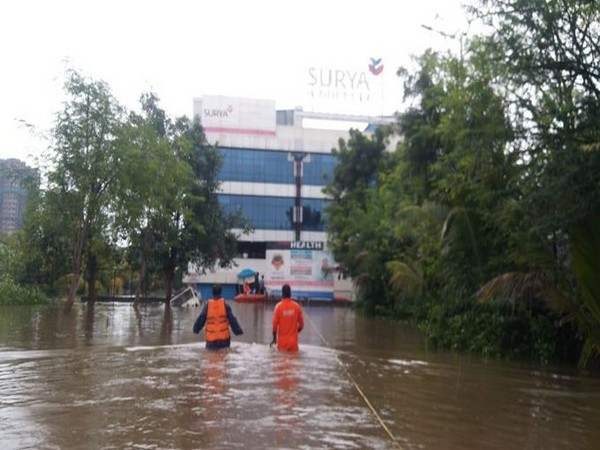NDRF team rescues patients and staff from a hospital in Pune. Photo/ANI