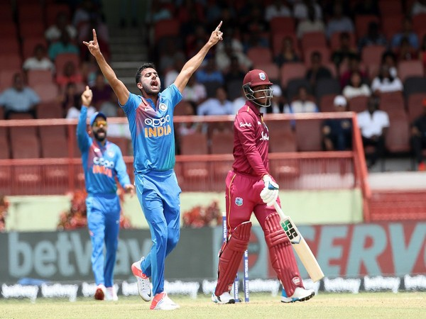 Bowler Deepak Chahar in action against West Indies in third T20I (Photo/ BCCI Twitter)
