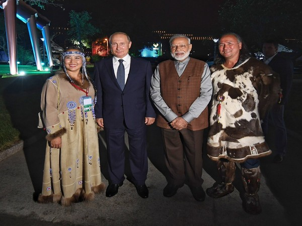 Prime Minister Narendra Modi (R) with Russian President Vladimir Putin (L) on Wednesday