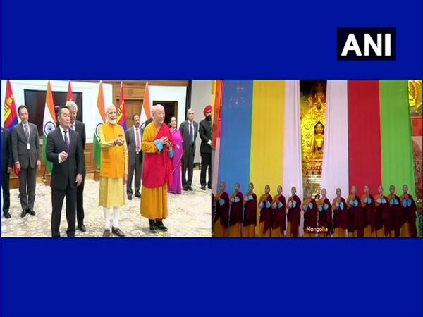 Prime Minister Narendra Modi and President of Mongolia, Khaltmaagiin Battulga on Friday unveiled Lord Buddha statue at Gandan Monastery in Mongolia